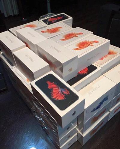 iPhone 6s xách tay vừa về bán với giá 10 triệu đồng