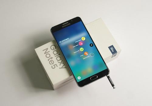 iPhone 6s Plus hay Samsung Note 5