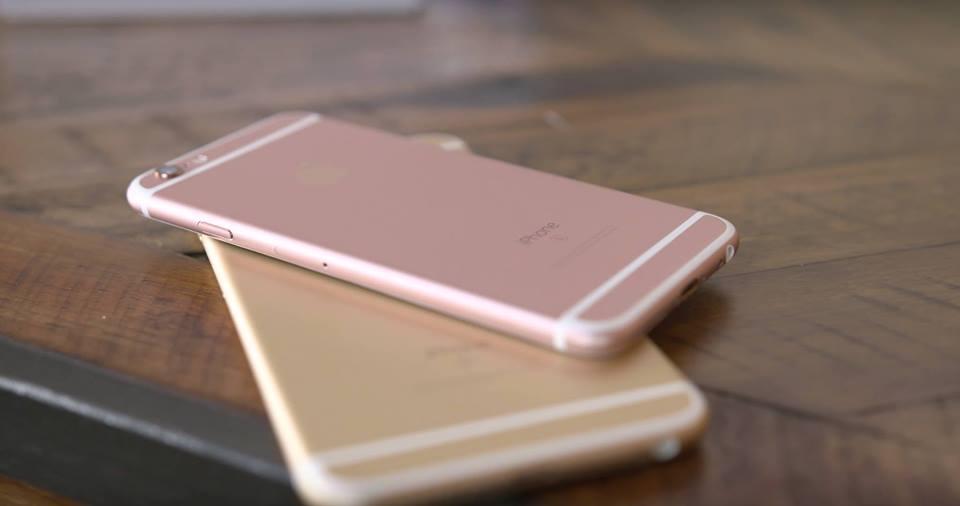 Lần này, Apple đã cho ra 4 phiên bản màu dành cho chiếc điện thoại 6s đó là  màu đen, màu trắng truyền thống và màu vàng sâm panh, và màu vàng hồng ...