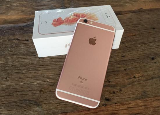 """""""Hô biến"""" iPhone 6s lock thành iPhone 6s xách tay quốc tế tạm thời nhiều  con buôn thu lợi bất chính"""
