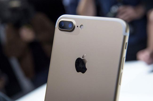 malik-one-hoopla-worthy-change-new-iphone-1200-1473836773852