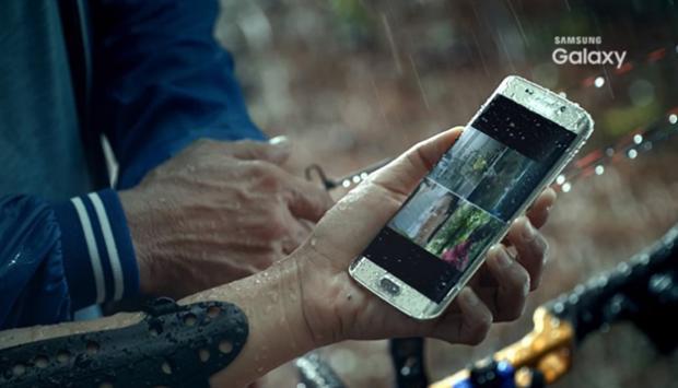 nhung-ngo-nhan-ve-kha-nang-chong-nuoc-cua-smartphone_2