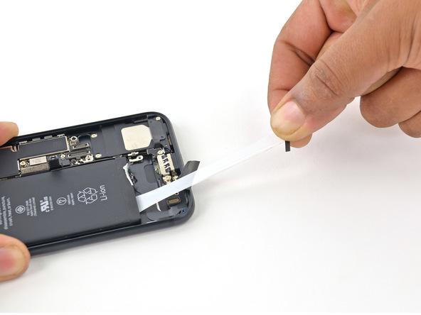 khi-nao-nen-thay-pin-iphone-7