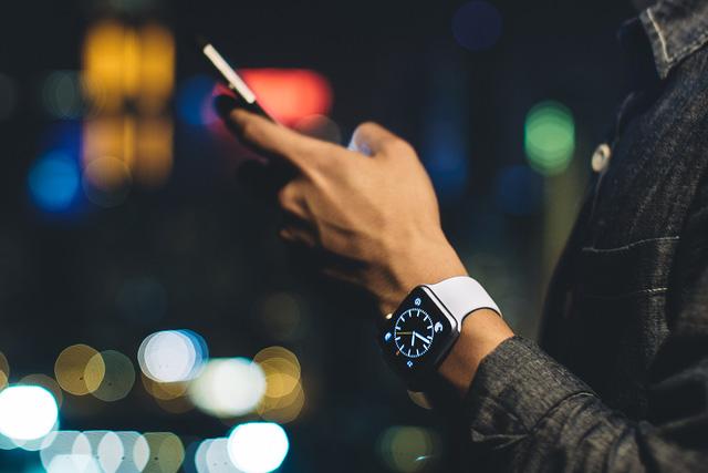 8 bí mật đằng sau chiếc đồng hồ thông minh Apple Watch 4