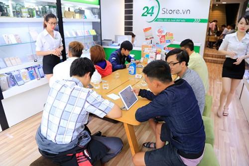 hinh-anh-khach-hang-24hStore_(7)