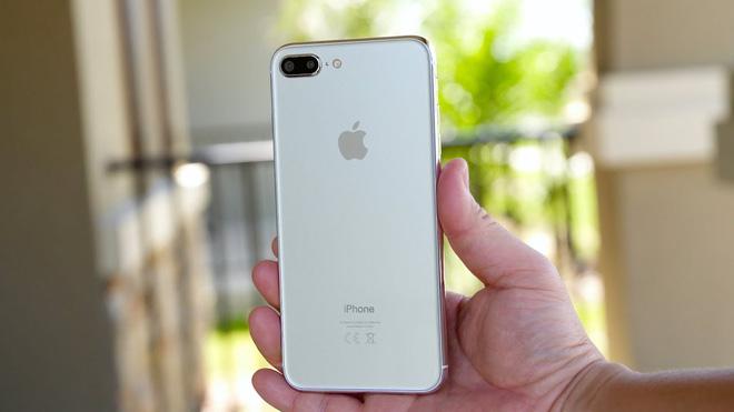 iphone-8-gia-re