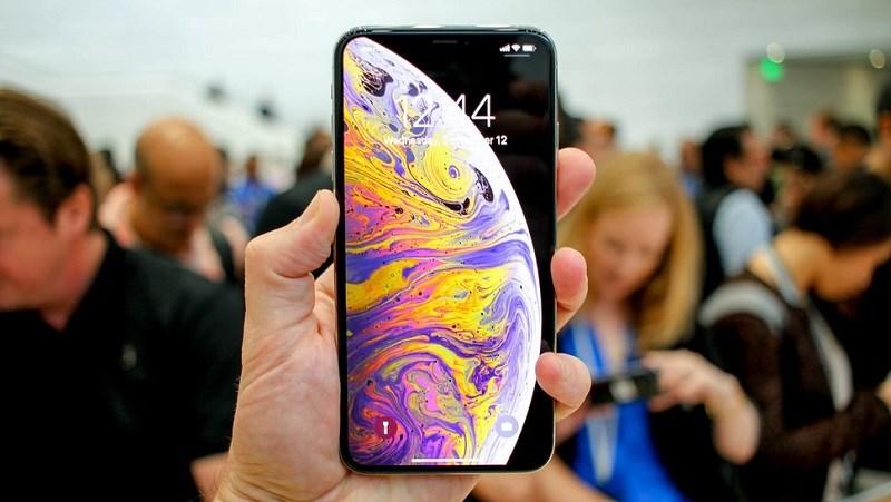 Nhung Hinh Anh Dau Tien Cua Iphone Xs Max Phien Ban 2 Sim Da Xuat Hien 01