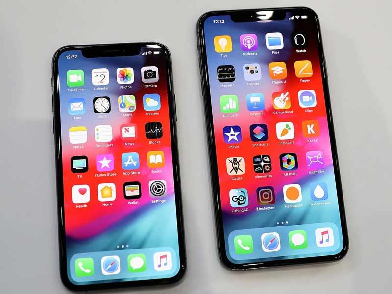 Huong Dan Dat Hinh Nen Ban Than Yeu Tren Iphone Xs Xs Max 01