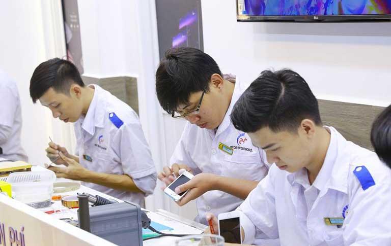 Thay Pin Oppo F1s Chinh Hang O Dau Lay Lien Gia Tot Nhat Tai Tphcm 02